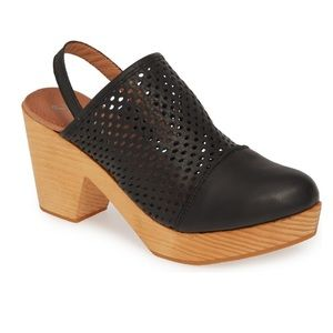 FREE PEOPLE CLOG BRAND NEW IN BOX